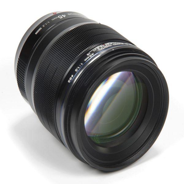 Olympus M.Zuiko Dijital 45mm F/1.2 Pro Black